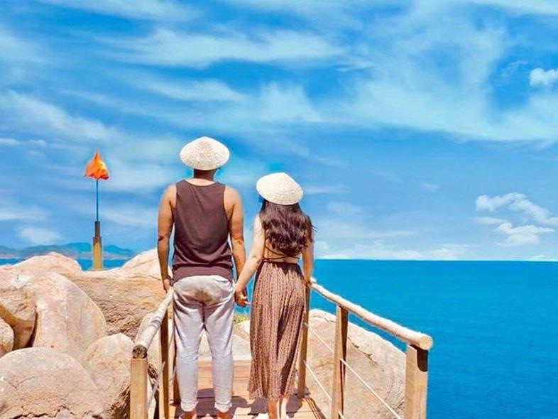 Hải Đăng Hòn Chút - [TOP Điểm Đến] Lý Tưởng Phía Nam Nha Trang!