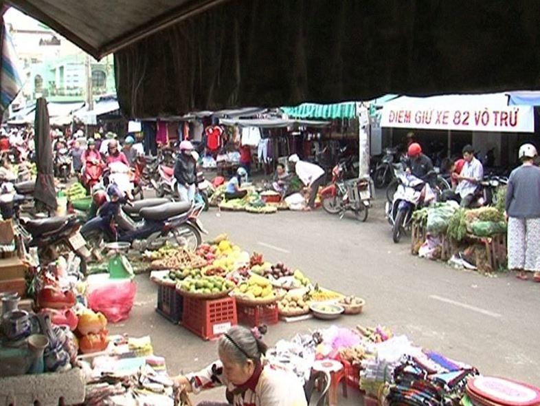 Chợ Xóm Mới Nha Trang - TOP 5+ Khu Chợ Sầm Uất Nhất!