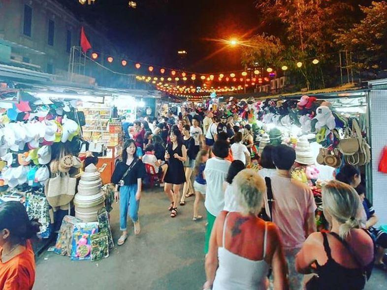 Chợ Đêm Nha Trang - TOP Khu Chợ Sầm Uất Số 1!