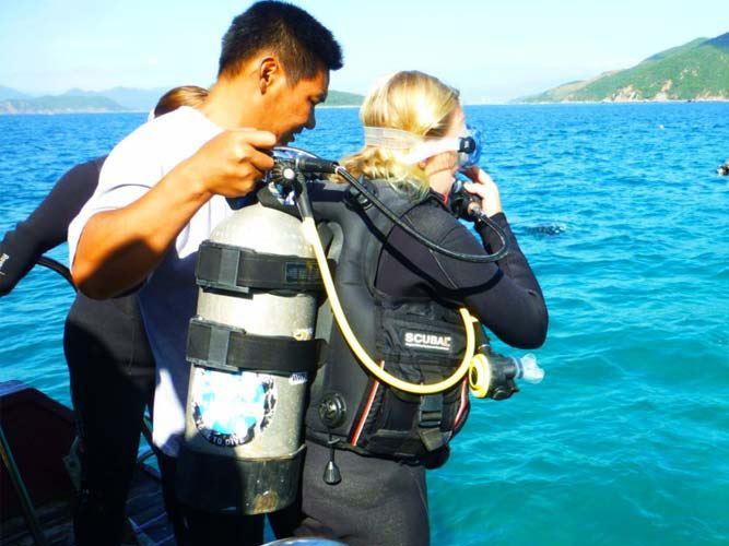 """Hòn Mun Nha Trang """"Thiên Đường Lặn Biển Ngắm San Hô"""""""