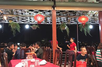 Nhà Hàng Tiệc Cưới Cây Me Nha Trang