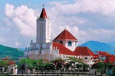 Nhà Thờ Cây Vông Nha Trang