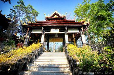 Pháp Viện Thánh Sơn Diên Khánh