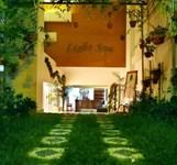 Khu nghỉ mát và khách sạn The Light
