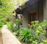 Khách Sạn The Trăng Villas Nha Trang