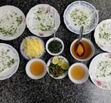 Bánh Ướt Nóng Cô Mỹ Ninh Hòa