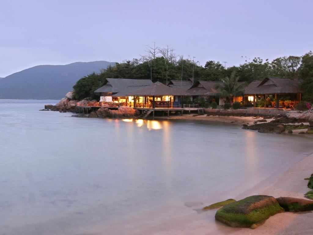 whale-island-resort-ban-dao-dam-mon