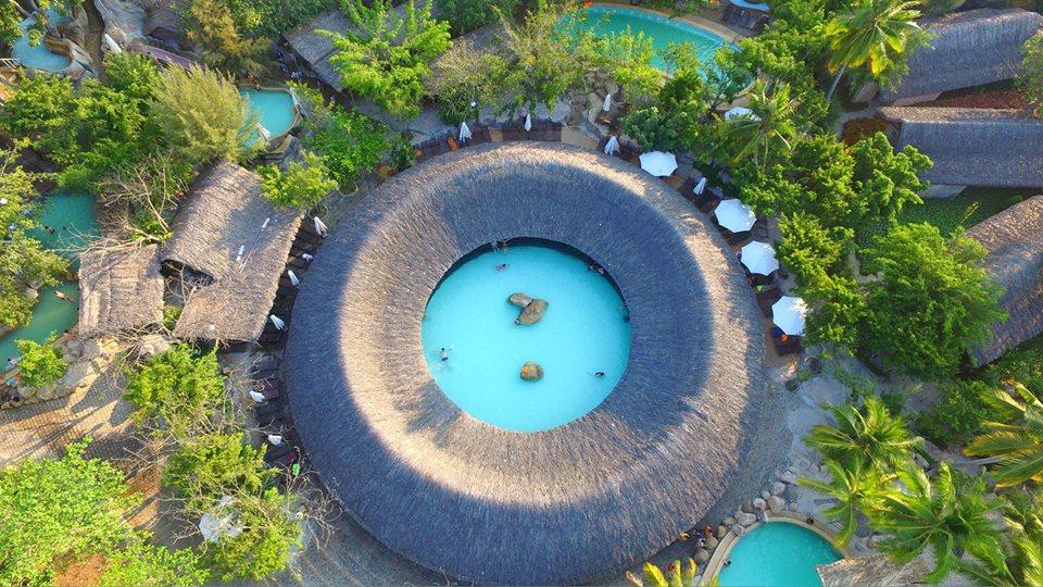 I-resort ngắm từ trên cao và công viên nước cũng rất nổi tiếng