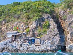 Tour Robinson Beach Nha Trang