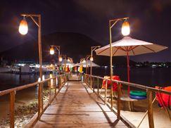 Tour Ngắm Hoàng Hôn Trên Ốc Đảo Robinson