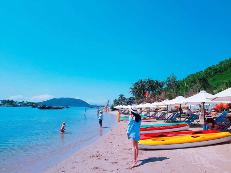 Check-in Đảo Robinson Nha Trang