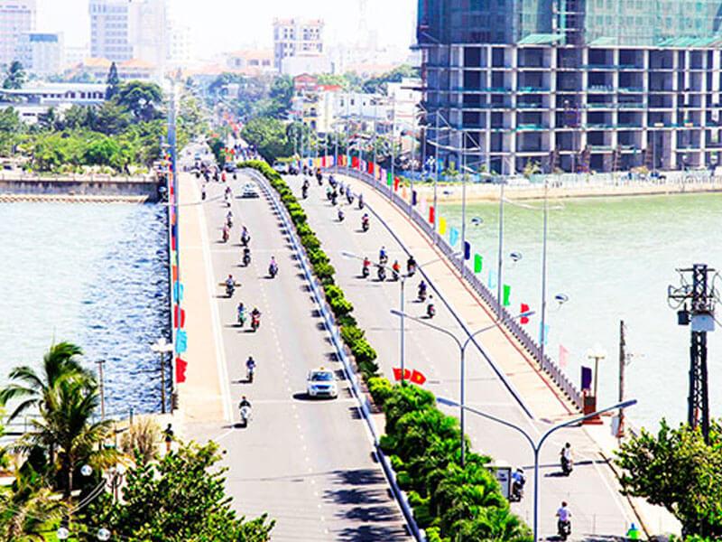 Cầu Trần Phú Nha Trang