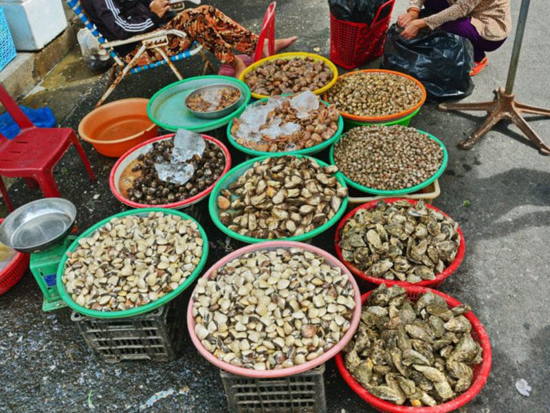 Quầy hải sản tươi sống