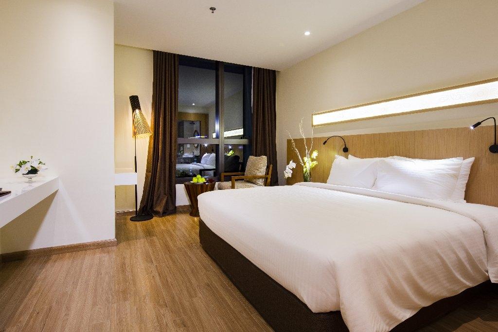 Khách sạn Star City