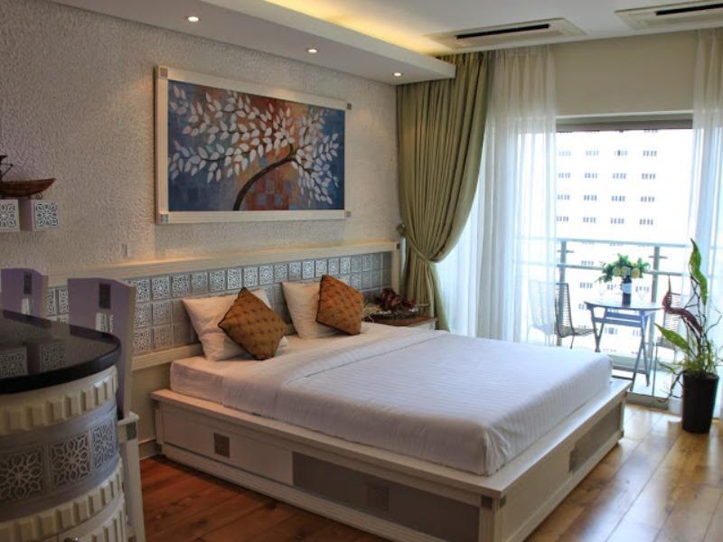 Khách sạn Lotus Condotel