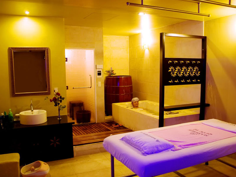 Massage Quốc Tế