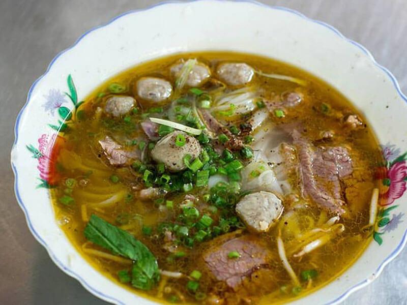 Phở 20 Yersin Nha Trang