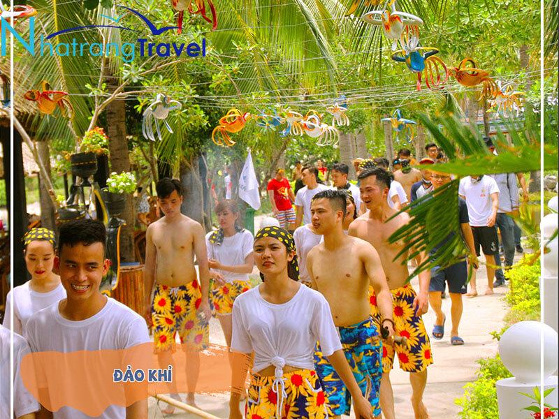 Tour Suối Hoa Lan Đảo Khỉ