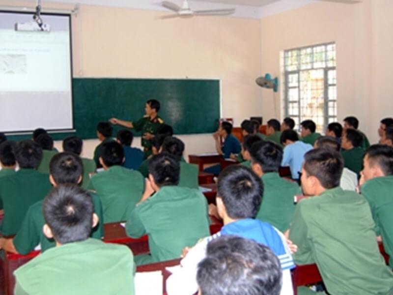Trung Tâm Sát Hạch Lái Xe - Trường Trung Cấp Kỹ Thuật Miền Trung