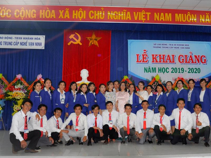 Trường Trung Cấp Nghề Vạn Ninh
