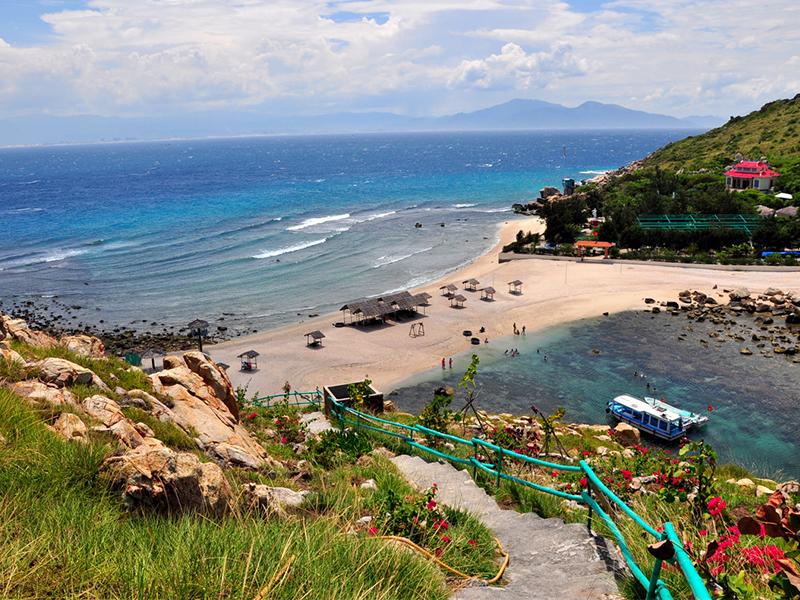 Vẻ đẹp biển Hòn Nội