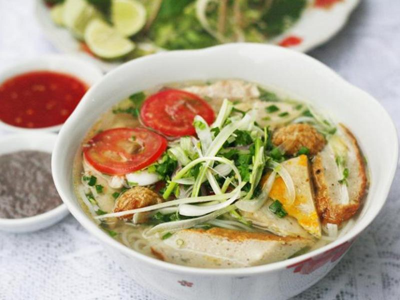 Bún chả cá thu Nha Trang