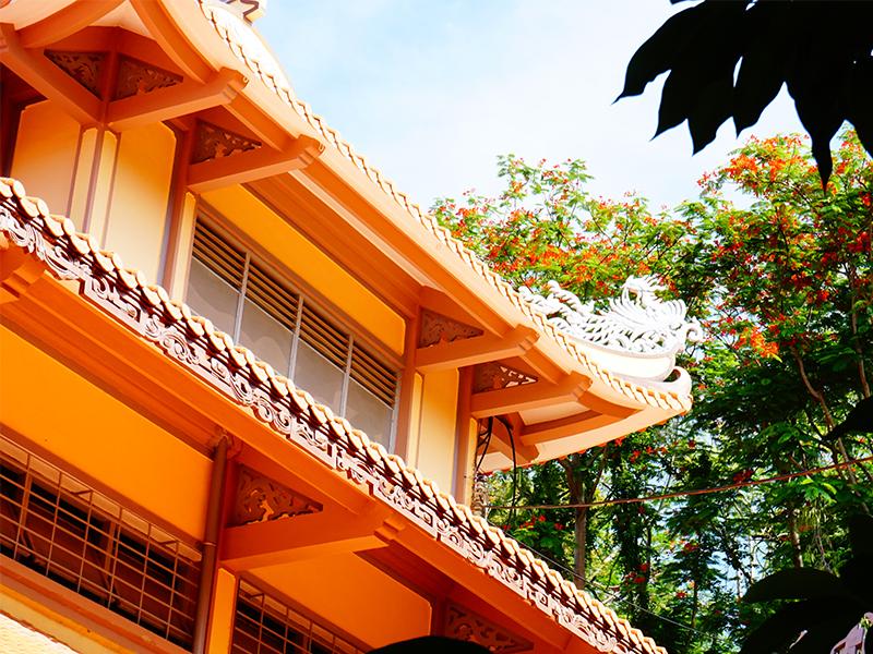 Vẻ đẹp chùa nhìn từ bên ngoài
