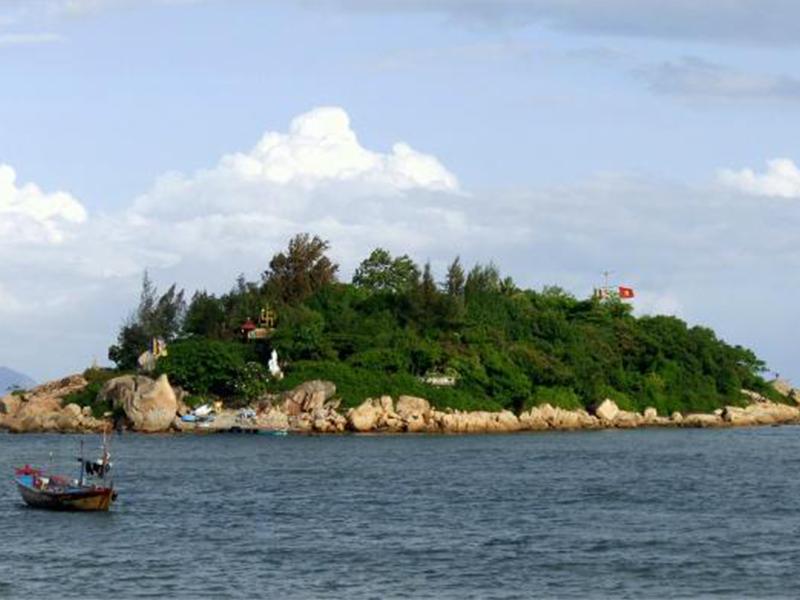 Khám phá Hòn Đỏ Nha Trang
