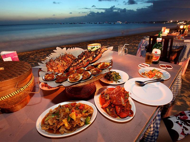 Tiệc nướng tại Đảo Dừa