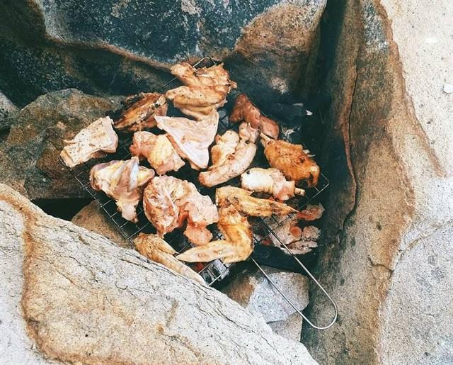 Thưởng thức BBQ trên đảo