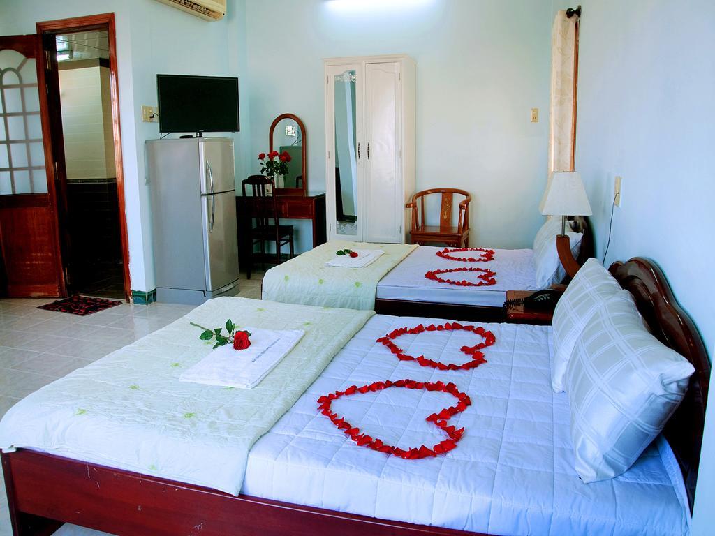Khách sạn gần biển giá rẻ Nha Trang