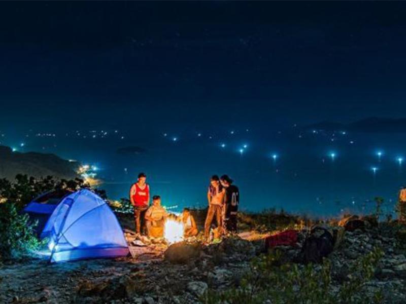 Cắm trại núi Cô Tiên