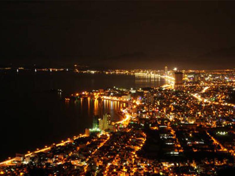 Ngắm cảnh thành phố Nha Trang