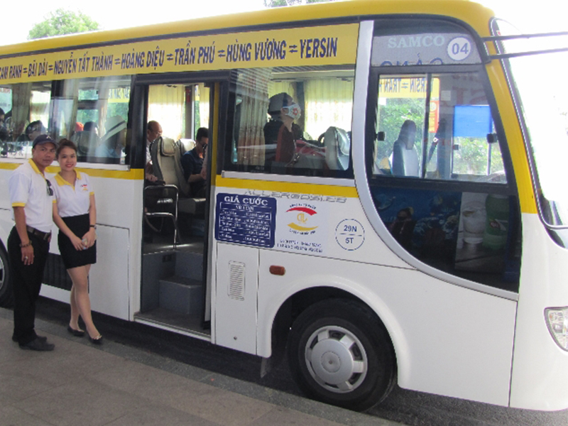 Bus Đất Mới đưa đón sân bay