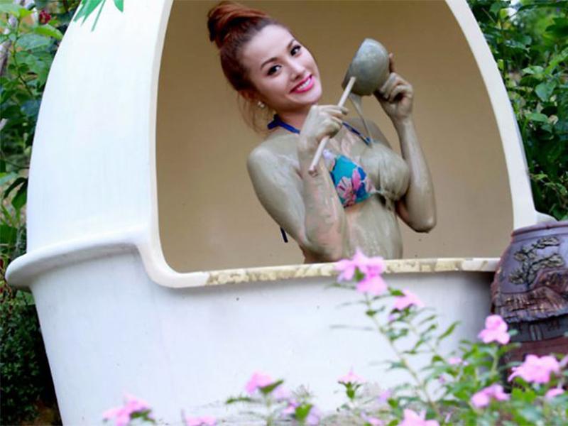 Tắm bùn trắm trứng Nha Trang
