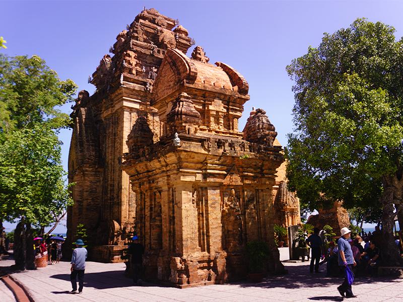Kiến trúc Tháp Bà Ponagar