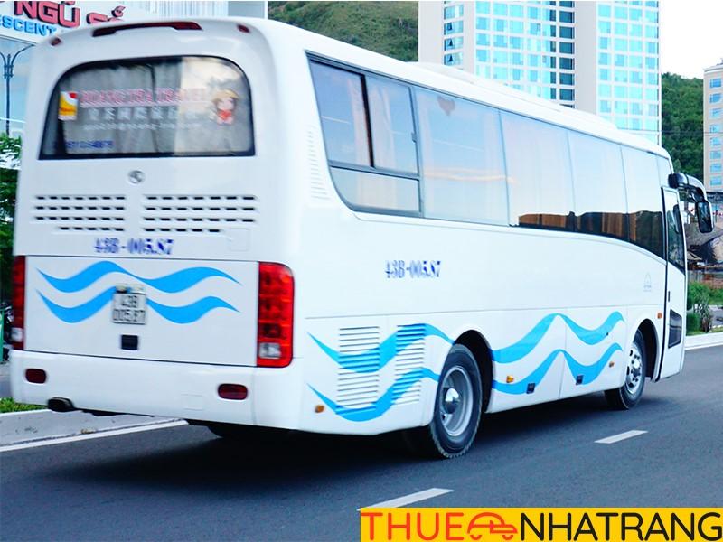 Chọn xe du lịch Nha Trang