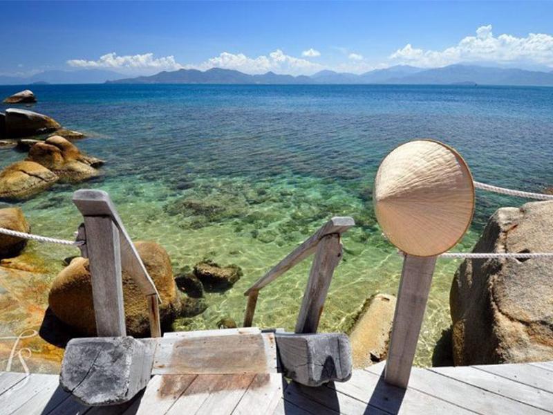 Vịnh Ninh Vân hoang sơ tuyệt đẹp